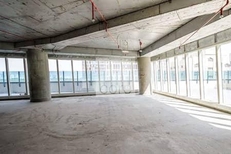 مکتب  للايجار في الخالدية، أبوظبي - Low Floor | Shell and Core Office Space
