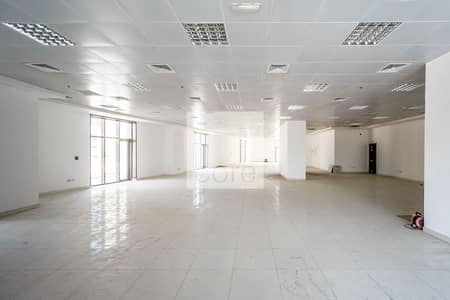 Shop for Rent in Danet Abu Dhabi, Abu Dhabi - Ideal Location | Fitted Retail Space