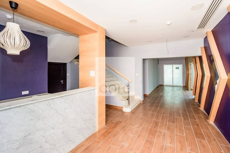 2 Ideal Location  | Fitted Commercial Villa