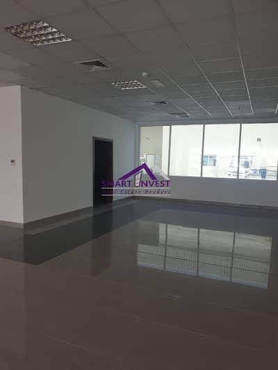 معرض تجاري  للايجار في أم رمول، دبي - Fully fitted Showroom for rent  in Umm Ramoul for AED 207K/Yr mool