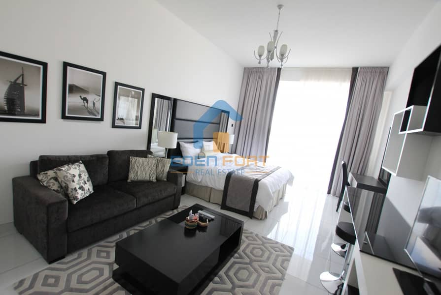 2 Golf View |Fully Furnished | Huge Layout | DSC