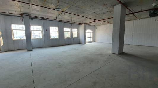 مکتب  للايجار في الصفا، دبي - Prime Property   Al Wasl Road   Shell & Core  