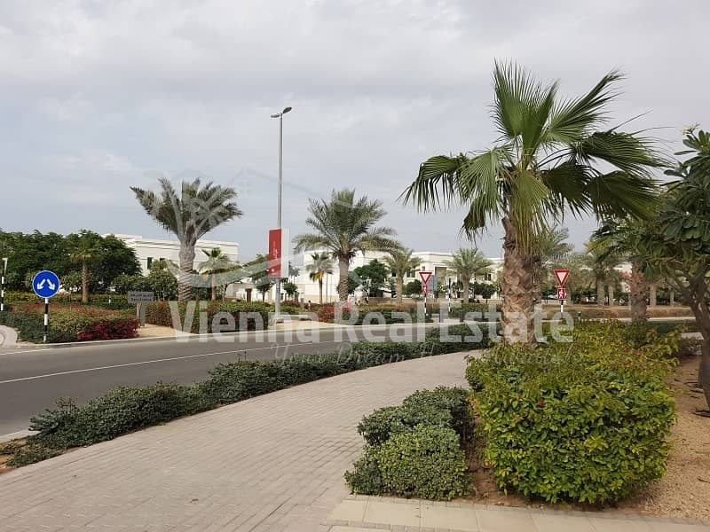 Sale 2 BR Townhouse in Al Ghadeer 1.45