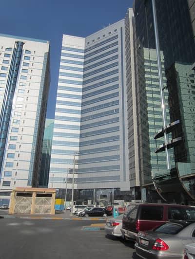 شقة 1 غرفة نوم للايجار في شارع النجدة، أبوظبي - Near City Center with spectacular views and parking