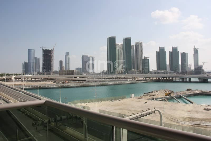 Spectacular 1BR Apt with Sea view is now available