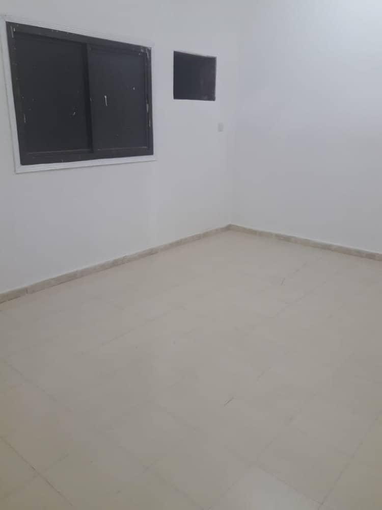 شقة في النعيمية 2 النعيمية 3 غرف 28000 درهم - 4125561