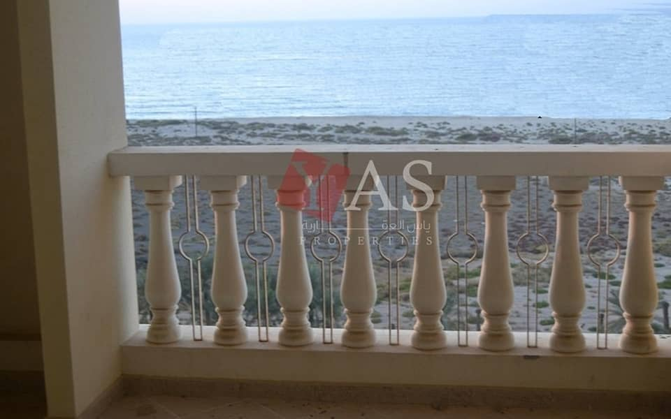 12 Fantastic Sea View Studio for Sale in Royal Breeze - Al Hamra Village