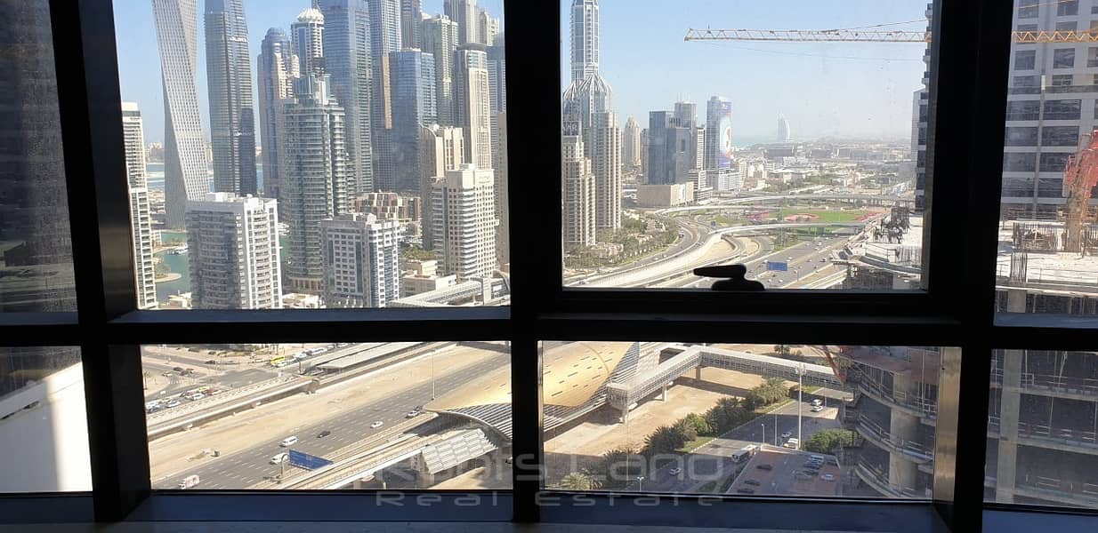2 4 bedrooms facing Sheikh Zayed Road for rent