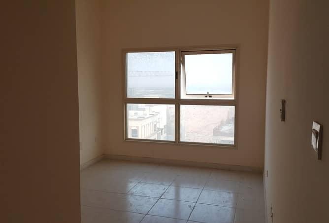 شقة في مدينة الإمارات 1 غرف 190000 درهم - 4137557