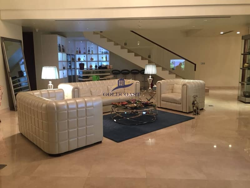 BEST DEAL |4BR Penthouse with view of Sea | Palm Jumeirah