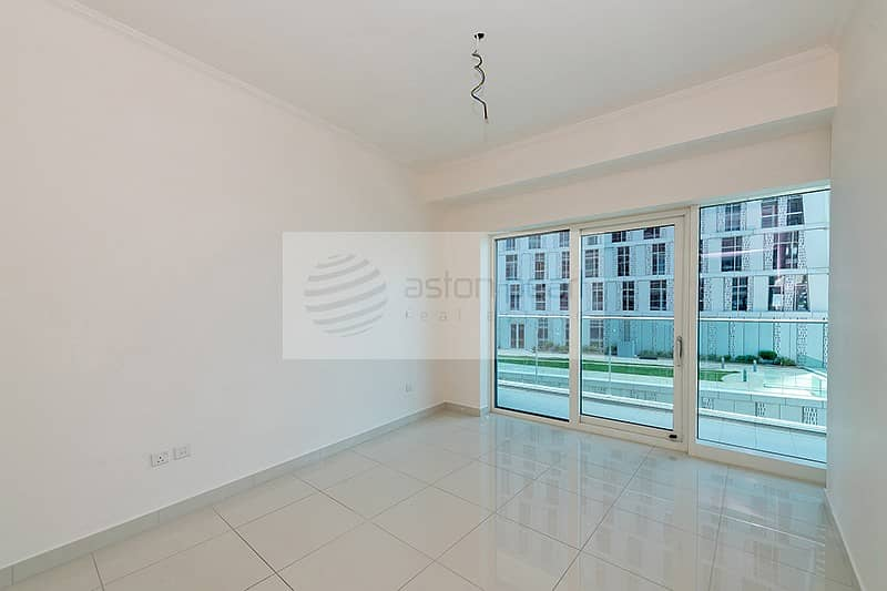 Exclusive   Beautiful 1 BR   Vacant Apt.