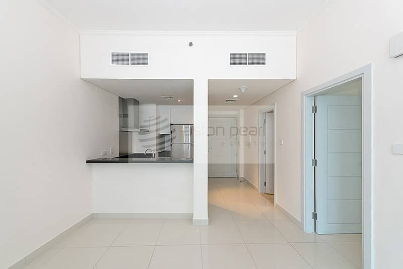 2 Exclusive | Beautiful 1 BR | Vacant Apt.