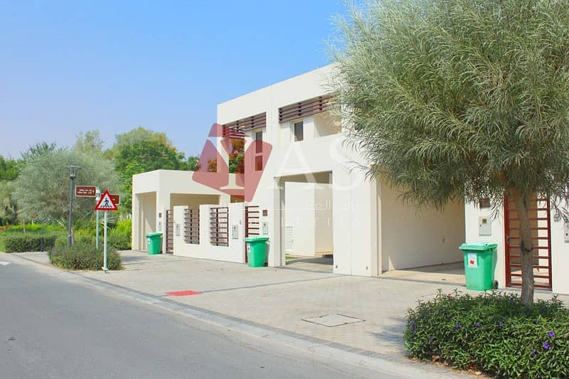 2 Fabulous Two Bed Flamingo Villa with Garden View