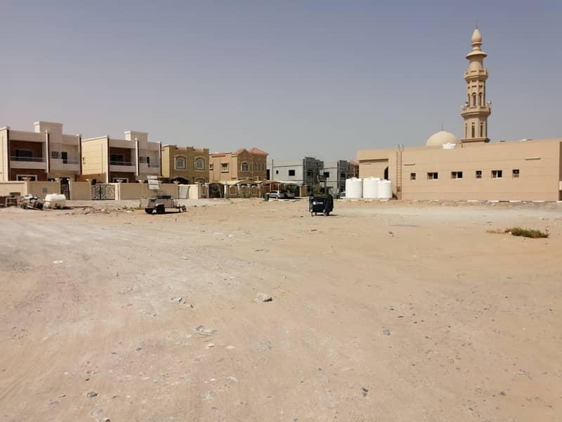 قطعة سكنية G   1 في مويهات 1 عجمان ، موقع رائع بجانب المسجد !! سعر 1،300،000 مليون