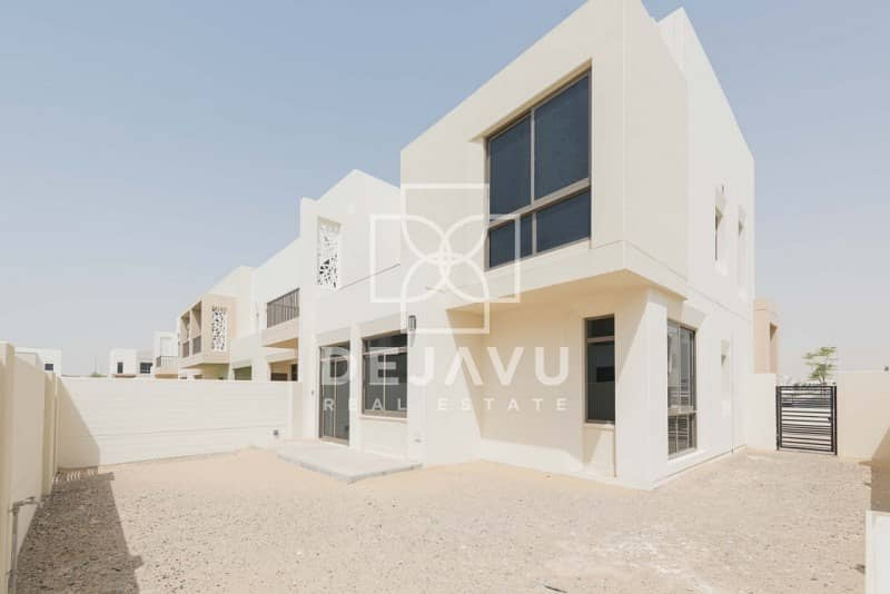 2 brand new 4 bedroom available for sale in hayat town square
