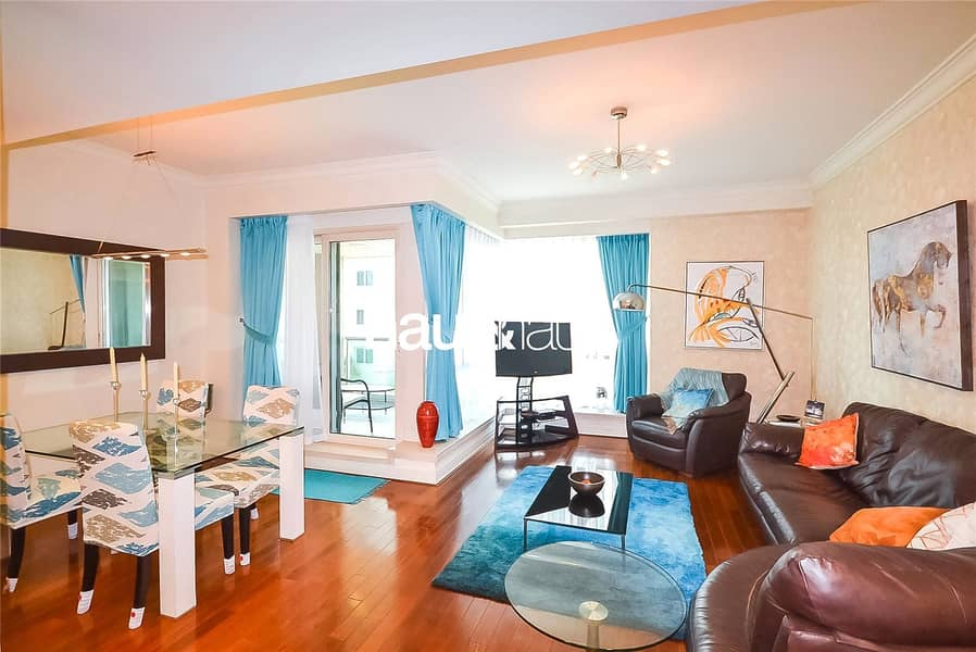 2 Upgraded | Bright | Fully Furnished | 1 BR +Study