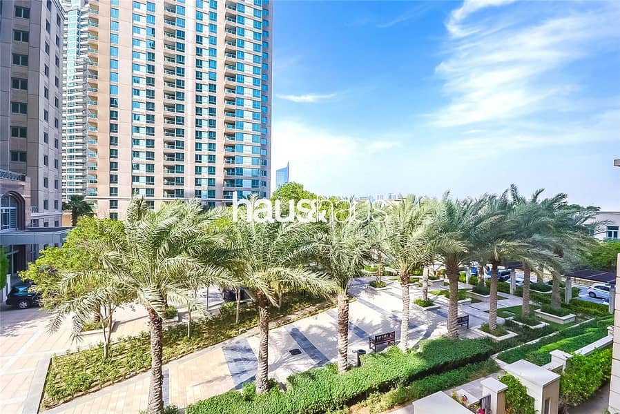 10 Upgraded | Bright | Fully Furnished | 1 BR +Study