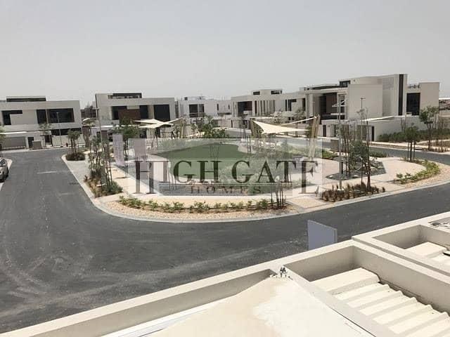 Luxury 5 Bed Villa in West Yas Abu Dhabi