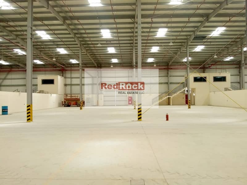 27 217 Sqft Warehouse * With W