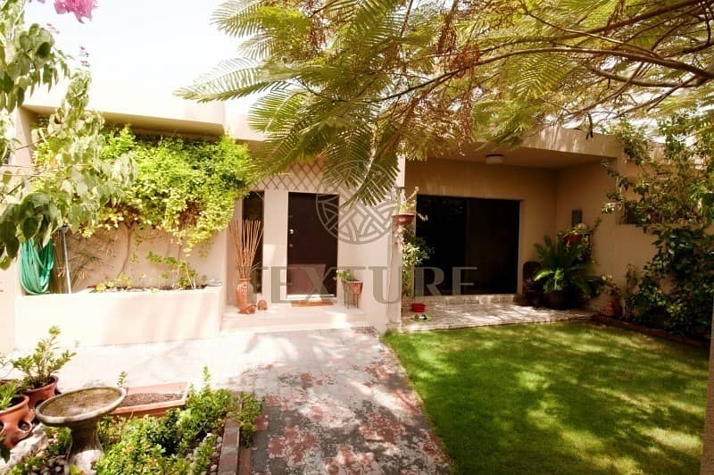 9 3 bed family villa in Jumeirah 3! for Rent @ 195K