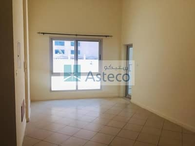 1 Bedroom Flat for Rent in Dubai Marina, Dubai - 1 BR|Private Courtyard|Near Metro|Pool View