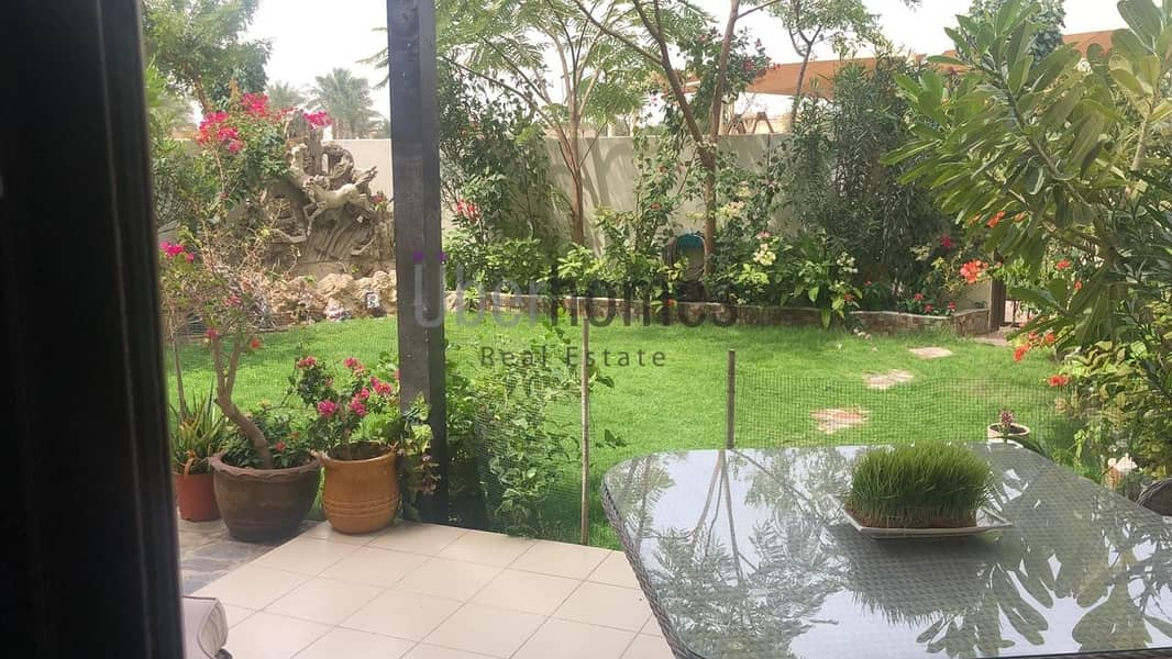 2 Close to Pool and  Park | 3 Bed +Maids.