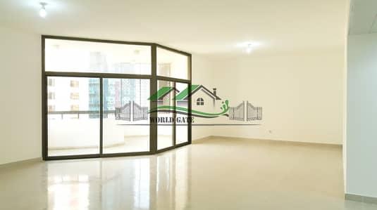 فلیٹ 4 غرفة نوم للايجار في شارع حمدان، أبوظبي - NO AGENT FEE! AFFORDABLE 4BR+MR AND BALCONIES