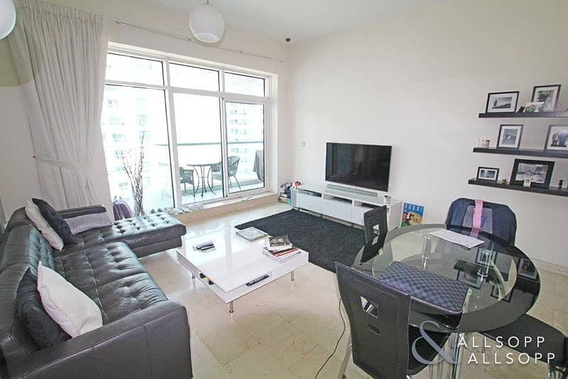 2 1 Bed | Available 31st July | Exclusive