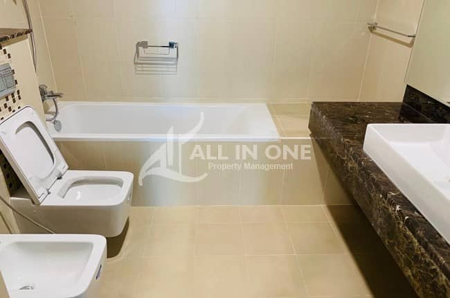 11 Elegant and Brand New 3 BHK in Corniche @ AED 130000 Yearly!