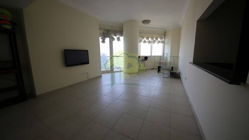Vacant |Newly Renovated|High Floor 2BR In Lakeshore