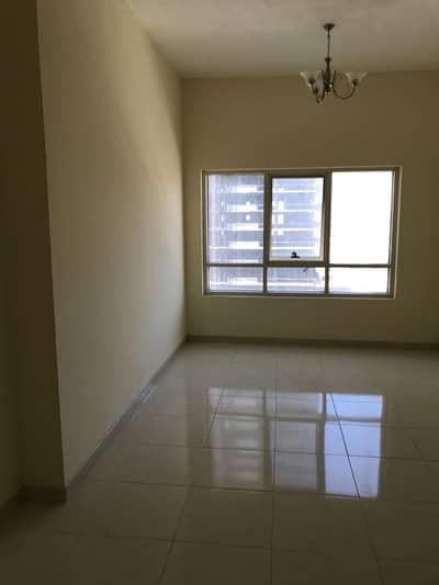غرفتين وصالة بمجمع ابراج الامارات ___برج c4 __مع باركنج