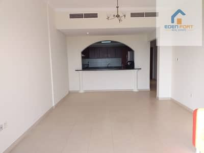 A Lovely semi furnished 1 BHK in Grand Horizon