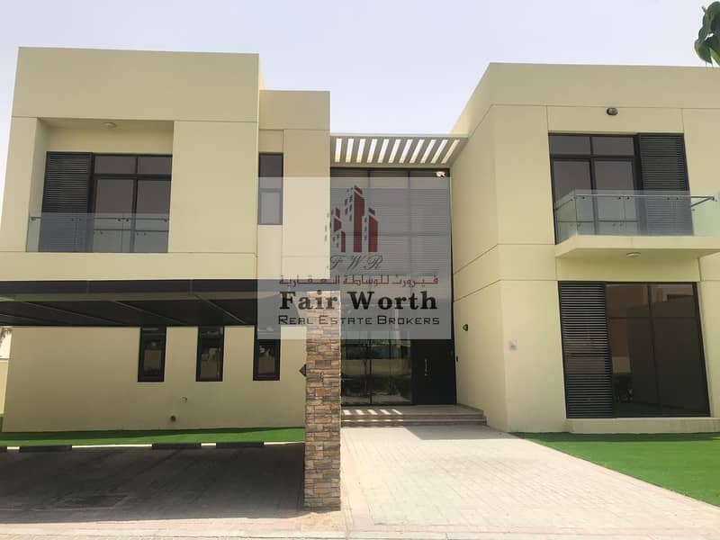 6BHK villa within Golf course /Clubhouse