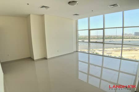 2 Bedroom Apartment for Sale in Jumeirah Village Circle (JVC), Dubai - Modern 2 Bedroom with Maids at Best Price - Large Living Room - Floor to Ceiling Windows