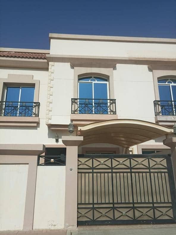 Compound 3br villa for rent in mirdif /95k