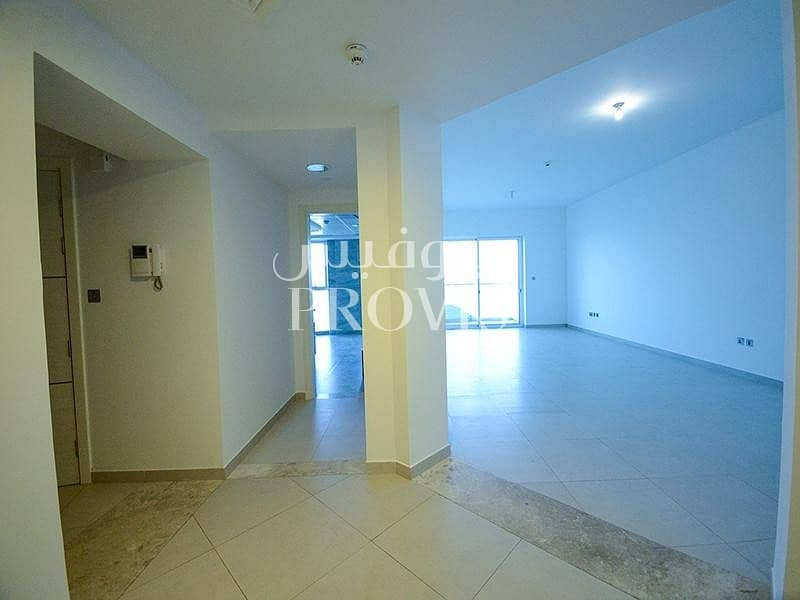 16 Perfectly located on corniche|Glorious sea view