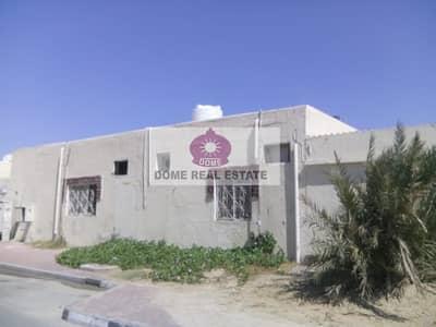 فیلا 9 غرفة نوم للايجار في السطوة، دبي - Al Bada(Al Satwa):9 B/R Single Storey villa for Sharing family (Rent 200 k negotiable)