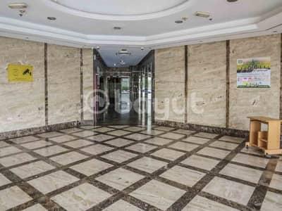 مکتب  للبيع في عجمان وسط المدينة، عجمان - مکتب في برج الصقر عجمان وسط المدينة 230000 درهم - 4145058