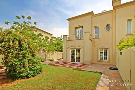 فیلا 3 غرف نوم للبيع في الينابيع، دبي - Vacant Now  Three Bedrooms  Back to Back