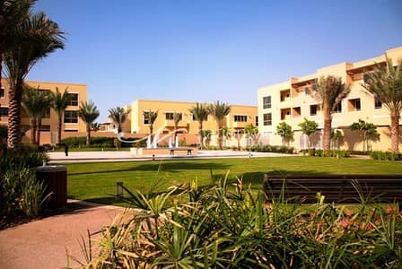 3 Bedroom Townhouse for Rent in Al Raha Gardens, Abu Dhabi - Standard 3BR Townhouse with Great Layout