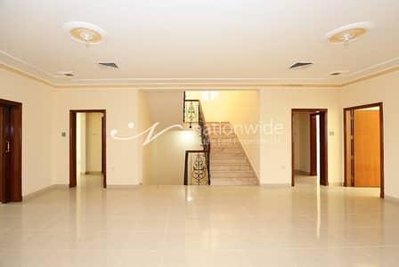 فیلا 8 غرفة نوم للبيع في بين الجسرين، أبوظبي - A Must See  2 Villas Up for Sale in BTB!