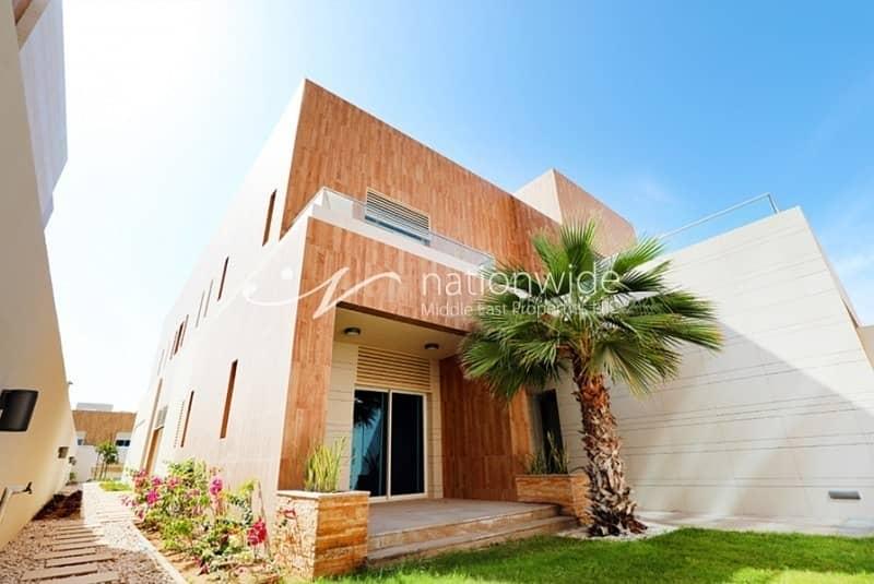 10 Big 5BR Bay View Villa On Prime Location