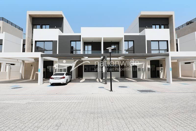Best Price|3BR Townhouse|Brand New|Maids