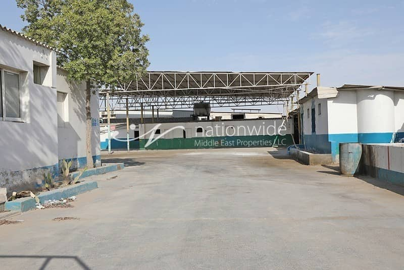 Big Warehouse in Mussafah is Up For Sale