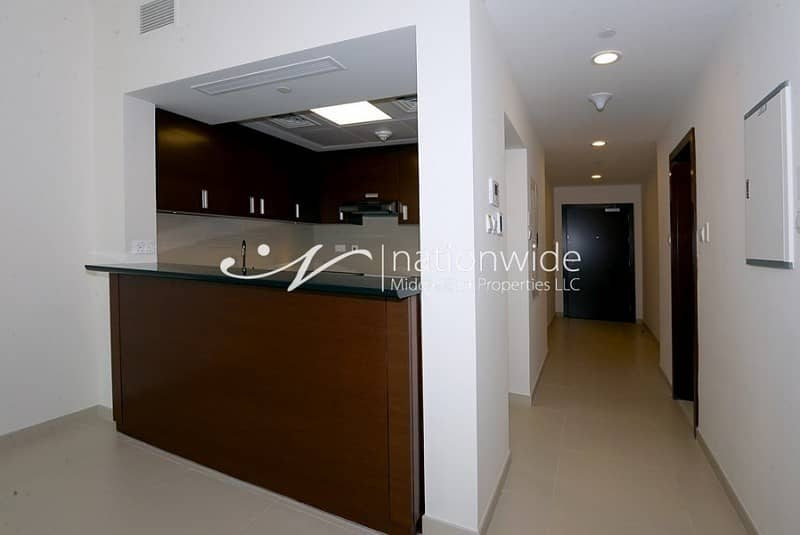 2 Good Price 1BR Apartment with Rental Back