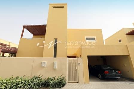 4 Bedroom Villa for Sale in Al Raha Gardens, Abu Dhabi - Elegant & Bright Villa with Spacious Layout