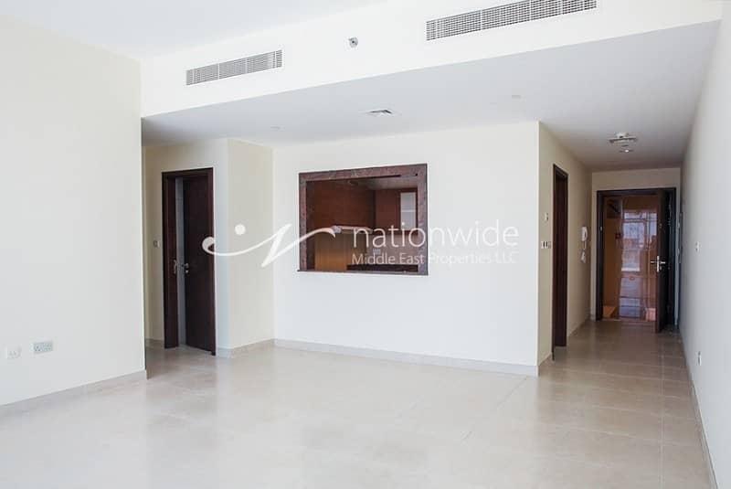 2 Elegant 2BR Apartment w/ Spacious Layout