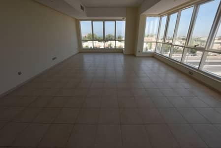 فلیٹ 3 غرفة نوم للايجار في المینا، أبوظبي - شقة في برج سيلفر ويف المینا 3 غرف 115000 درهم - 4146721