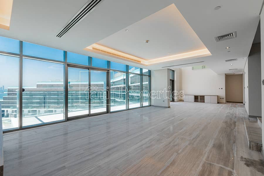 | Brand new penthouse on Palm Jumeirah |