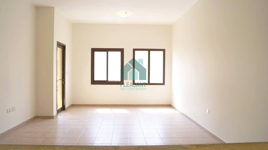 2 No Commission | 1 Br Apt. |12 cheques| 1 month free